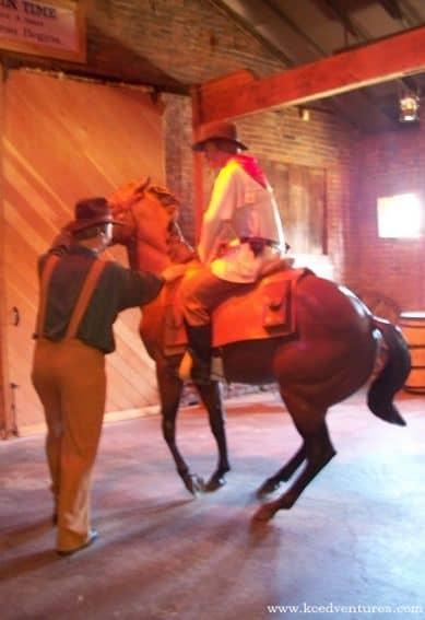 pony-express-riders