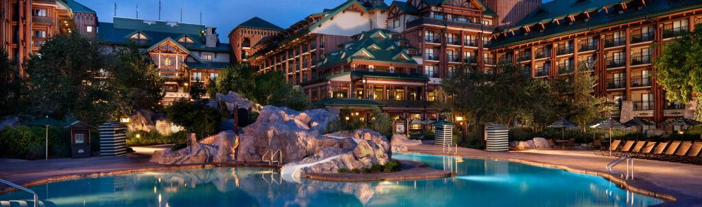 Expert tips for Disney hotels